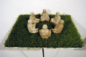 resized_Installation_6___6_sculptures___Concrete_and_synthetic_grass_on_aluminium_plate___13_x_50_x_50_cm___2012