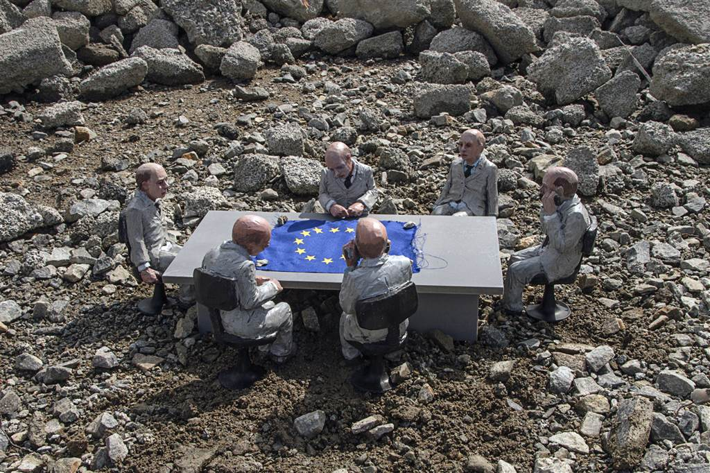 European shame summit. 10 copies. 70 x 50 cm