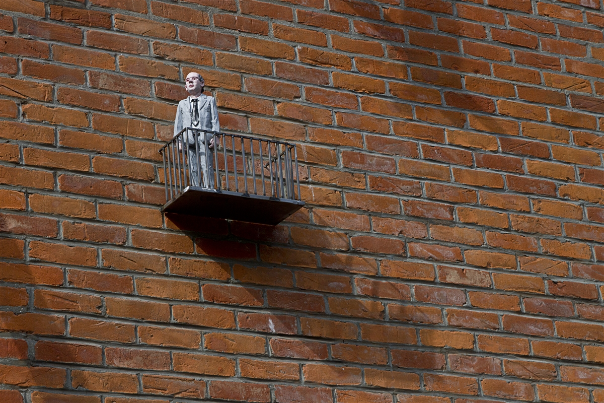 resized_isaac_cordal_cement_eclipses_oostende_IMG_0995