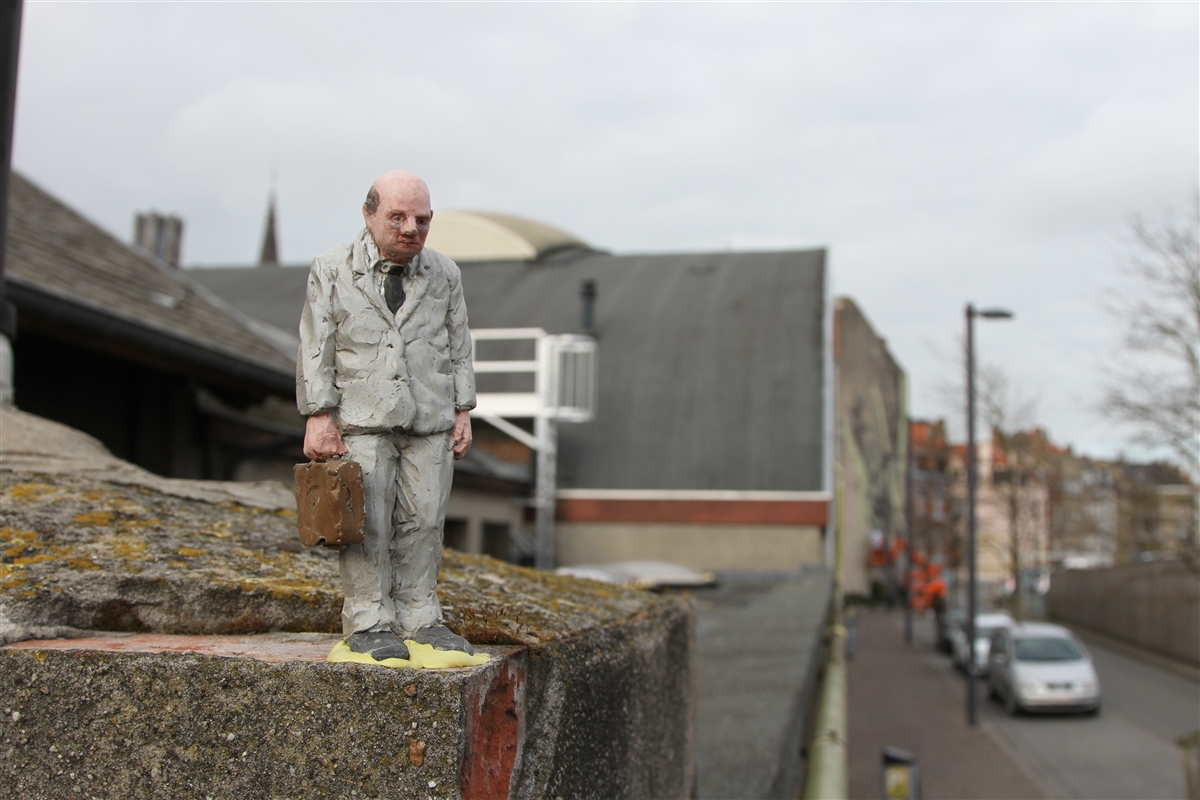 resized_isaac_cordal_cement_eclipses_oostende_IMG_1134